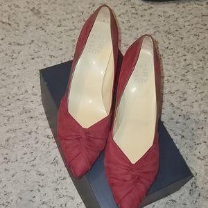 New Burgundy  Pointy high heel
